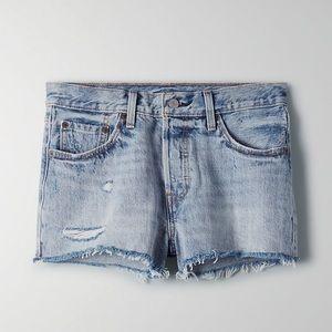 Aritzia Levi's Premium 501 shorts
